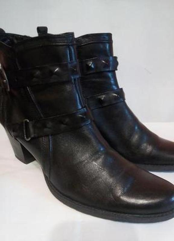 Демисезонные черные кожаные ботинки 41 размер