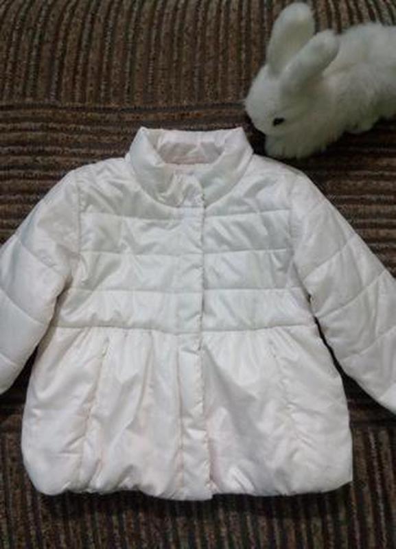 Нежная демисезонная куртка для девочки 12-18 месяцев