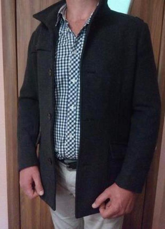 Стильное мужское пальто тренч  h&m