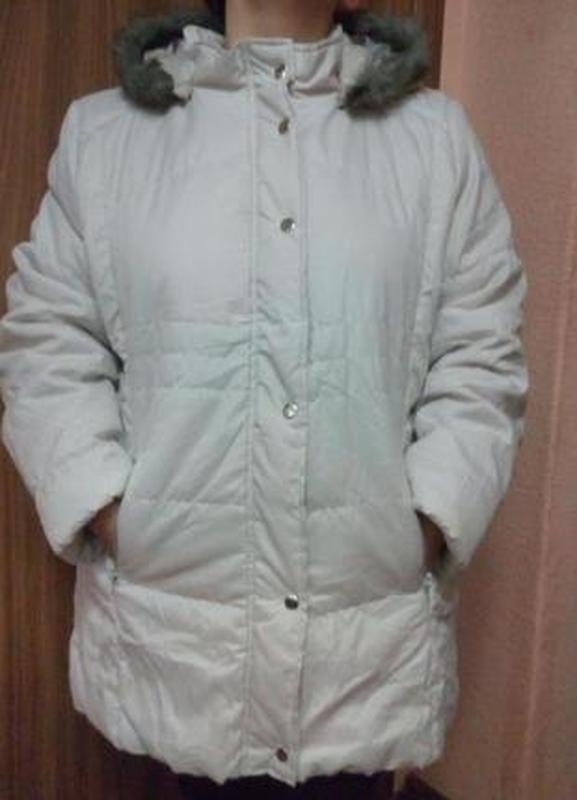 Утепленная куртка с капюшоном большого размера