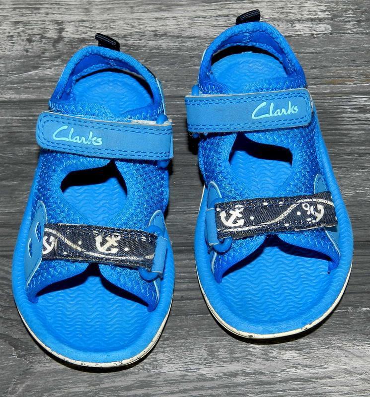 Clarks ! яркие, легкие, удобные босоножки-сандалии