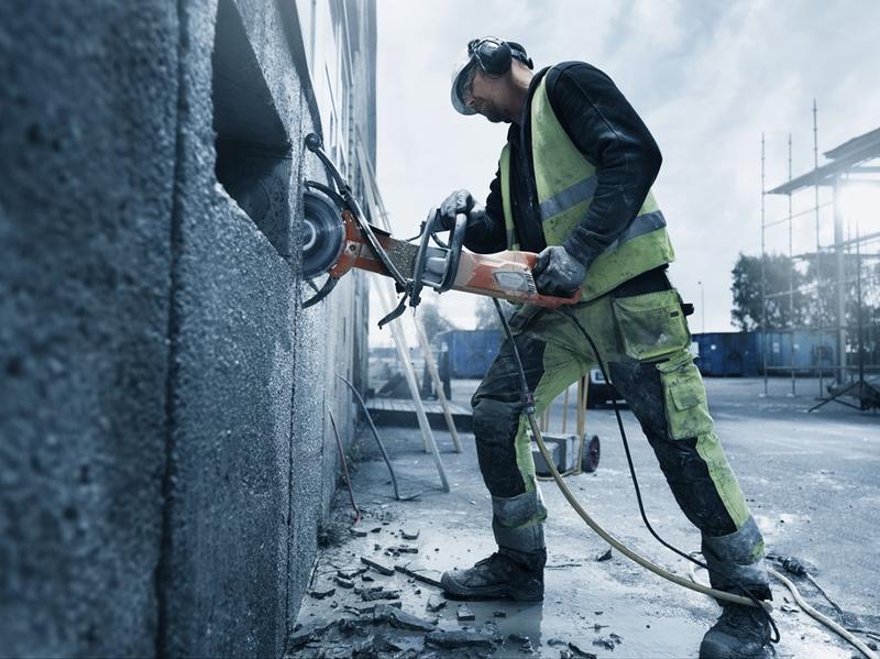 Алмазная резка бетона, железобетона,  кирпича без пыли