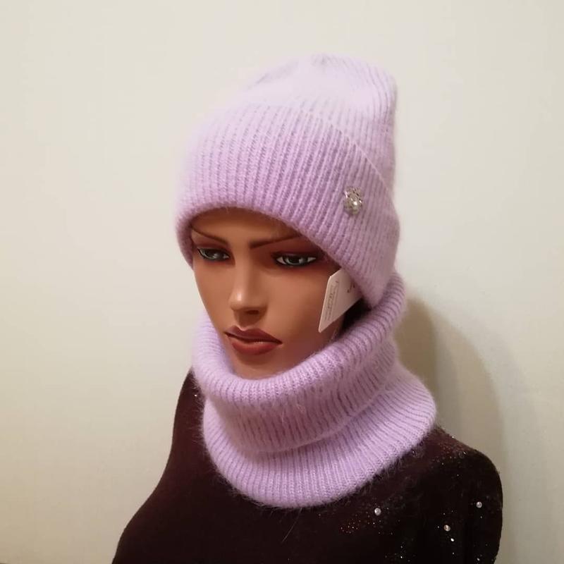 Стильный комплект лиловый шапка и бафф лиловый
