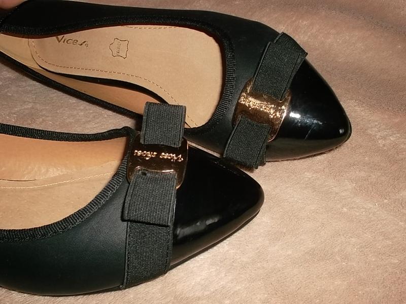 Туфли на низком ходу с лаковым носочном кожаная стелька - Фото 3