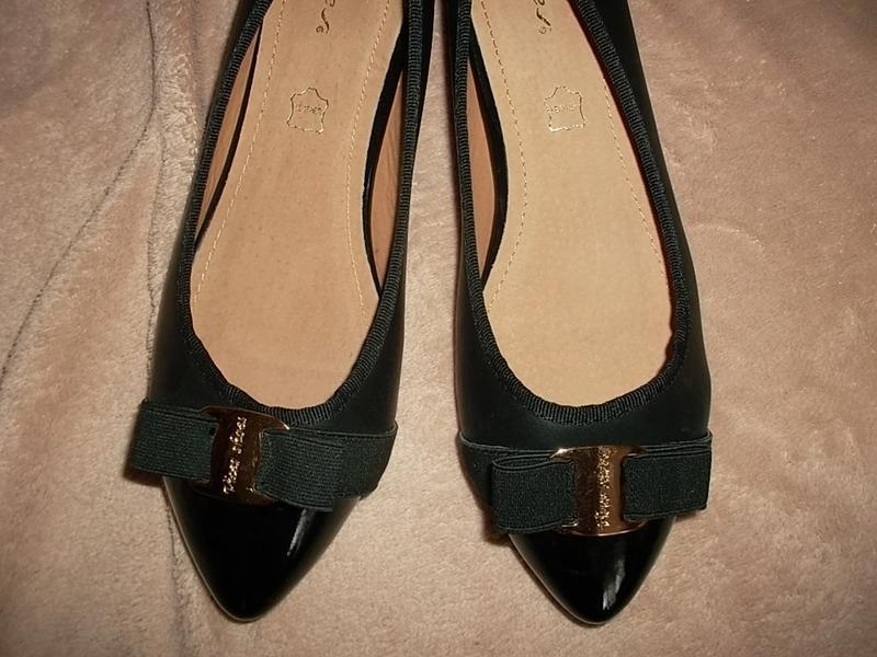 Туфли на низком ходу с лаковым носочном кожаная стелька - Фото 4