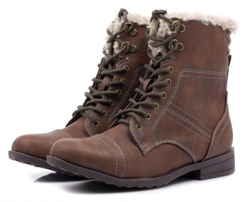 Утепленные ботинки на низком ходу стелька 23,8 см.