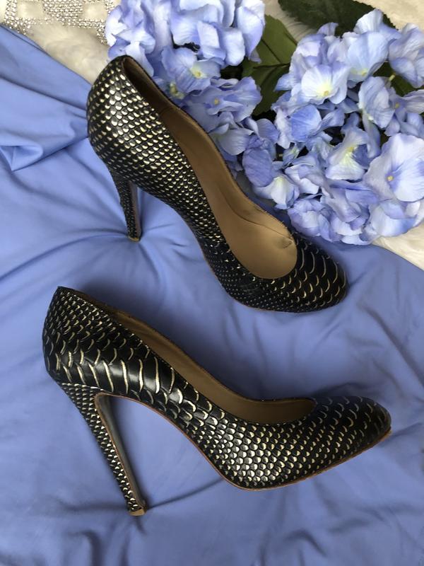Натуральные кожаные туфли американского брэнда kandee 40 разме...
