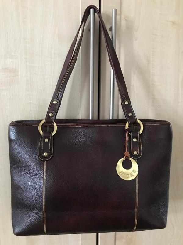 Кожаная сумка hides