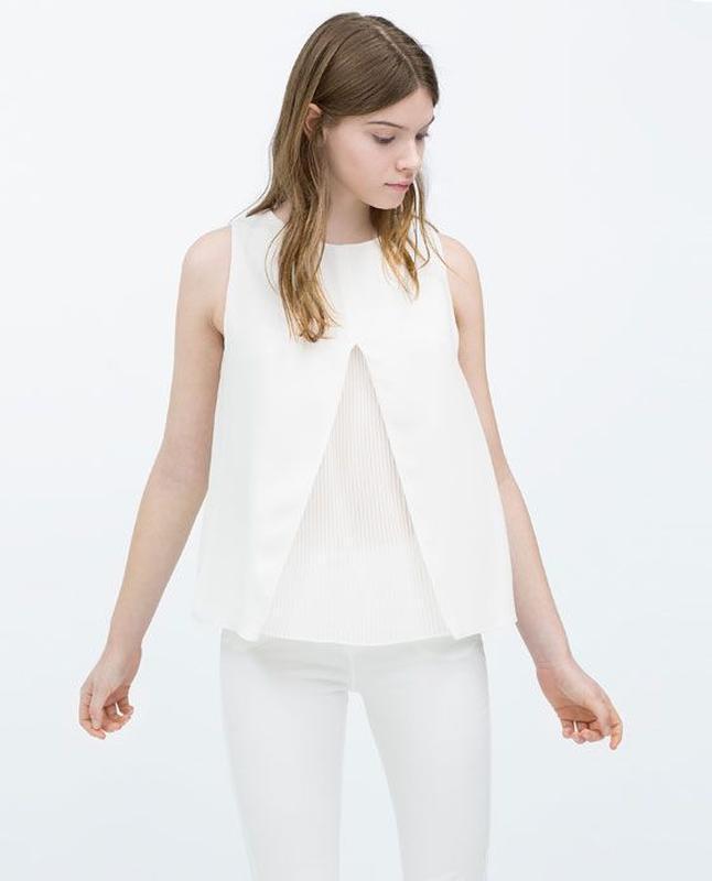 Стильная блузка с плиссировкой zara, s