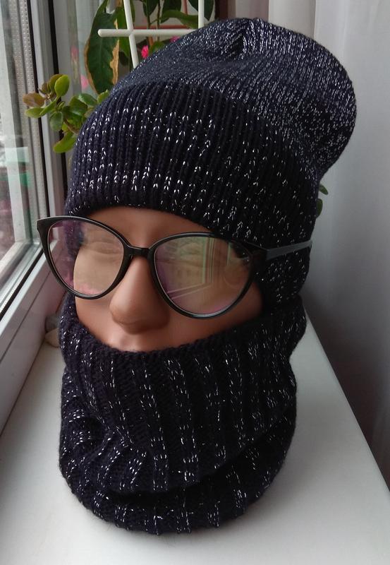 Новый красивый комплект: шапка и снуд с люрексом (полный флис)...