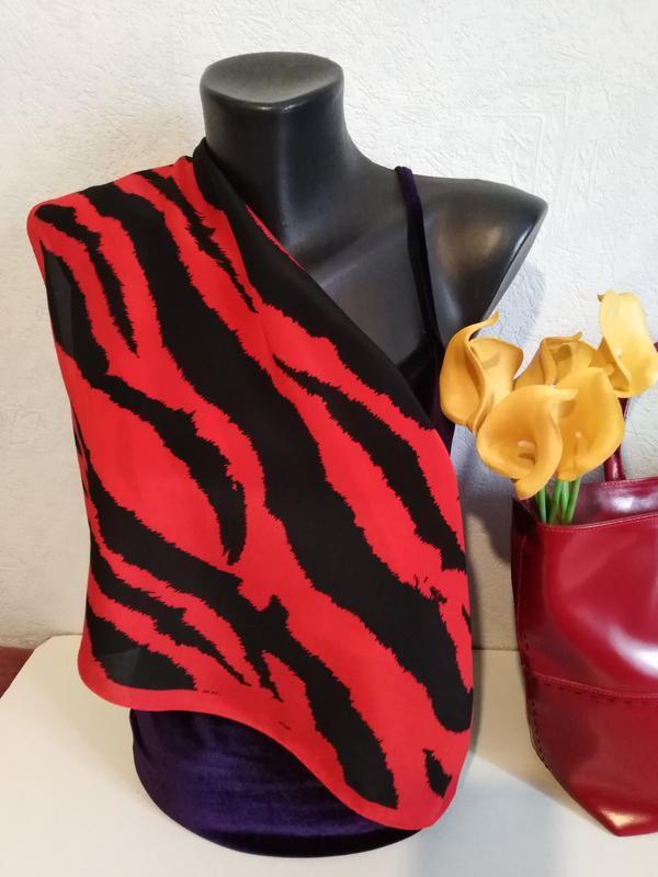 Натуральный шелк, красно-черный платочек codello, 51*50