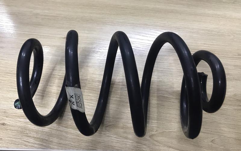 Пружина подвески задняя Nissan Leaf 2018   55020-5SA0A