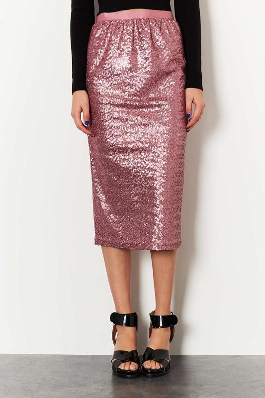 Трендовая розовая юбка в пайетках миди