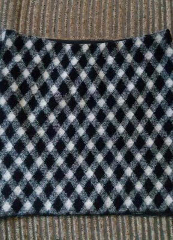 Стильная шерстяная юбка карандаш