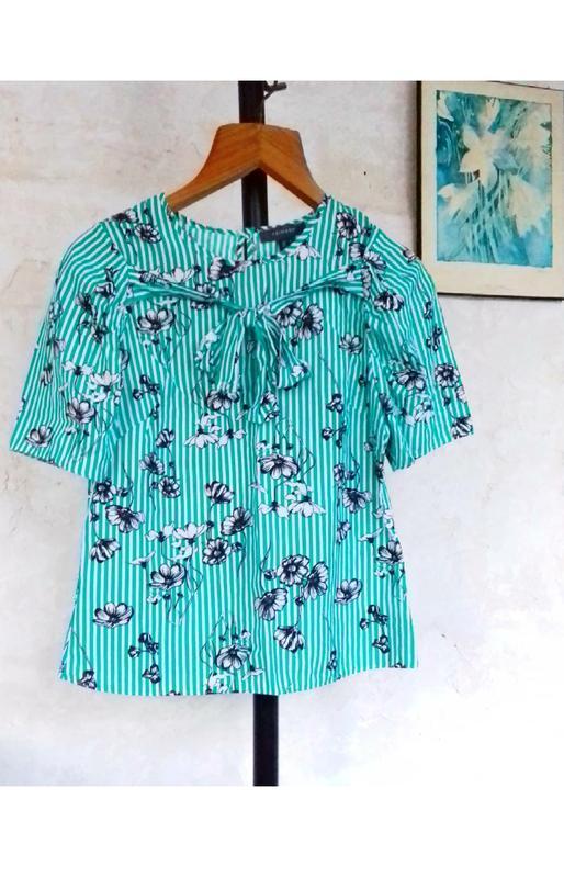 Обалденная блузка primark  с бантиком полоска цветы