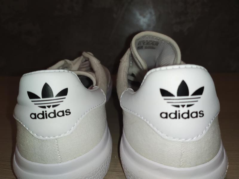 Art b22705 adidas original 39 розмір 25 см стелька