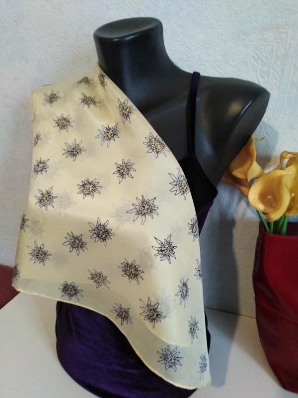 Натуральный шелк, шейный платочек, декор на сумку *ромашки*, 5...