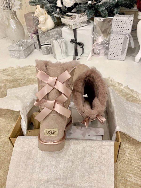 Ugg bailey bow pink! женские замшевые зимние угги/ сапоги/ бот... - Фото 9