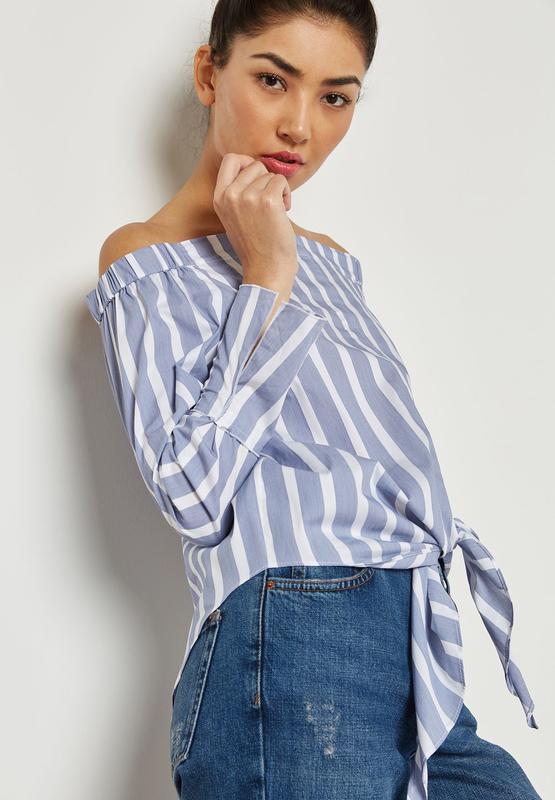 Оригинальная красивая блуза в полоску на плечи с завязкой от m...