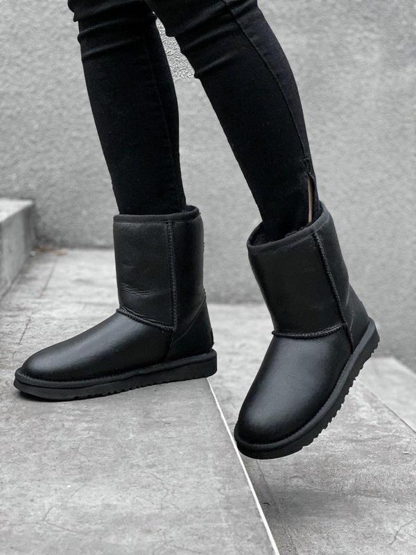 Ugg classic short black! женские кожаные зимние угги/ сапоги/ ...