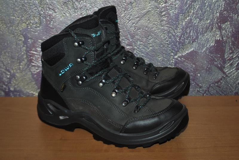 Ботинки Lowa для треккинга, походов в горы, туризма