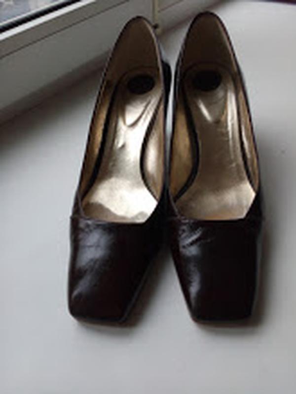 Итальянские женские кожаные туфли max monelli, 39 р