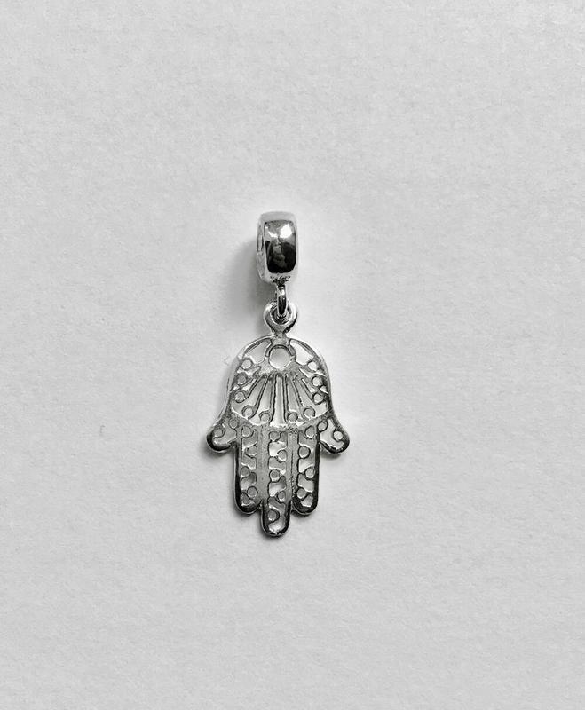Шарм серебряный в стиле пандора рука фатимы п 476