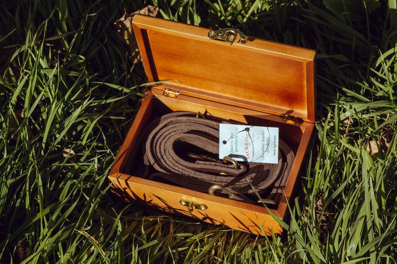 Поводок для собак из кожи 1.90 м *20мм + водилка в деревянной ... - Фото 4