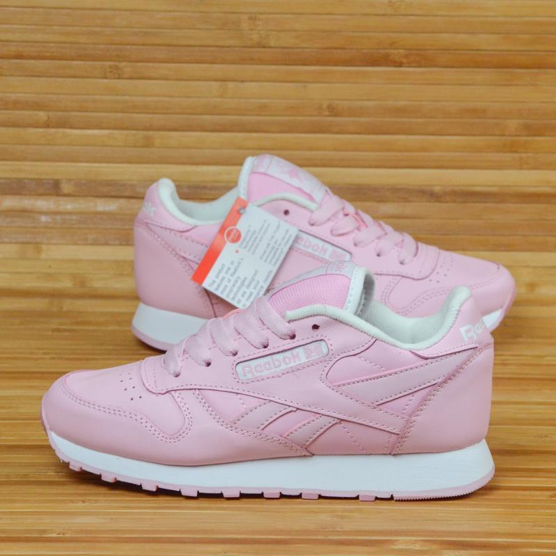 Кроссовки зефирно розовые кожа в стиле reebok classic