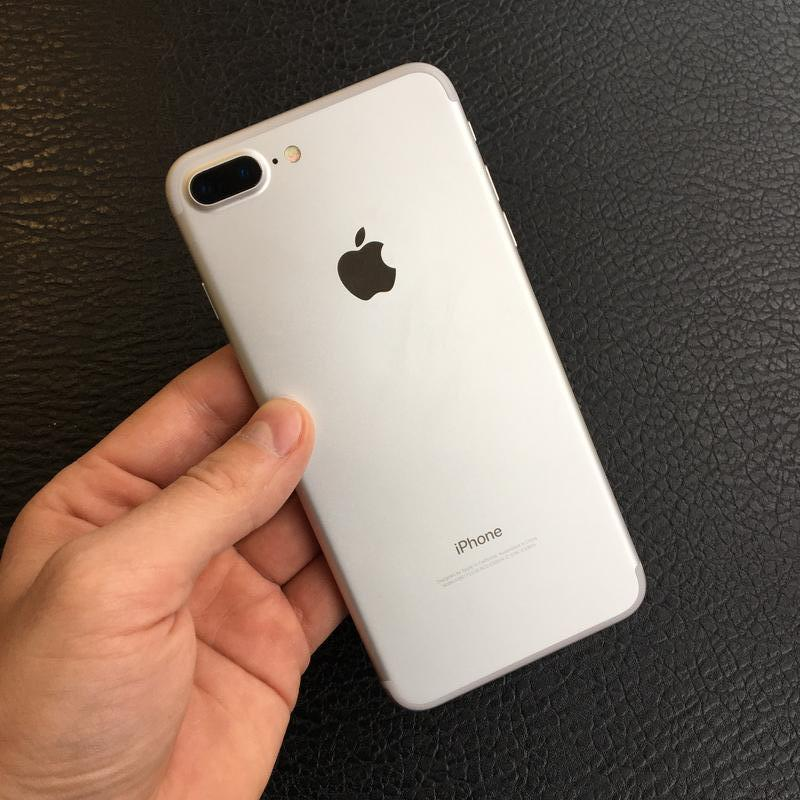 Apple iPhone 7 Plus(7+) 32Gb Silver Neverlock Оригинал Б/у