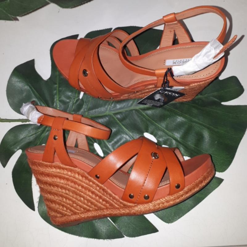 Кожаные босоножки geox 39.5