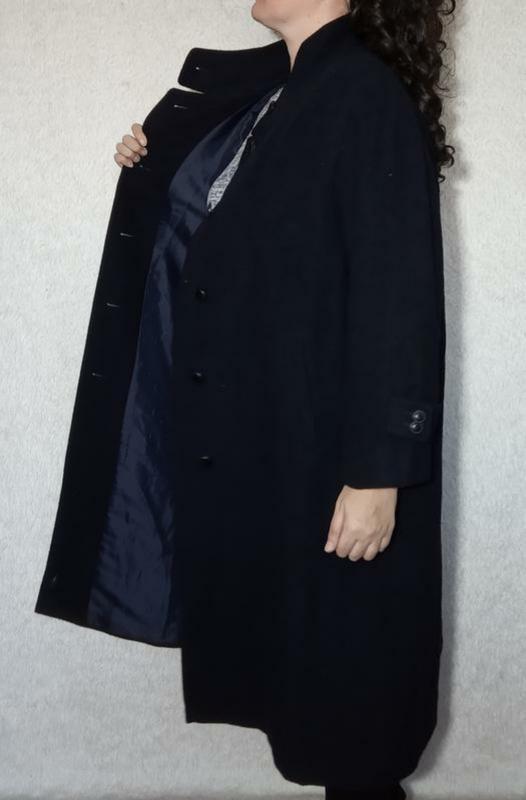 Шерстяное пальто большой размер