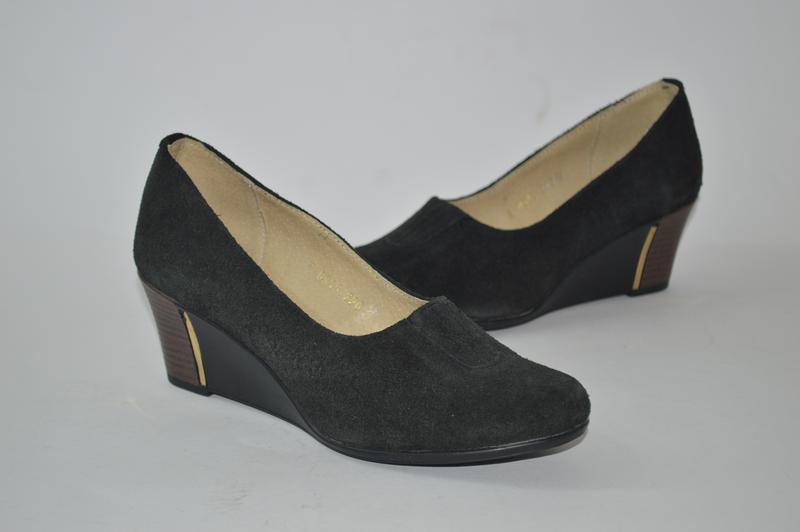 Распродажа женские кожаные туфли на танкетке