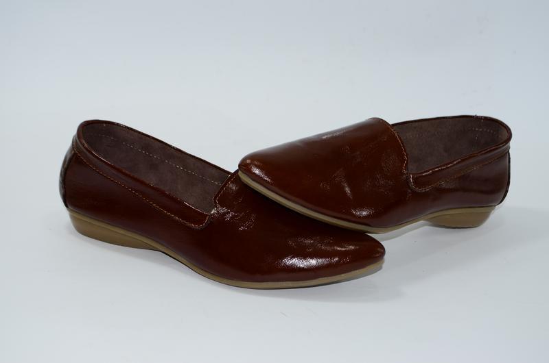 Женские кожаные туфли, балетки