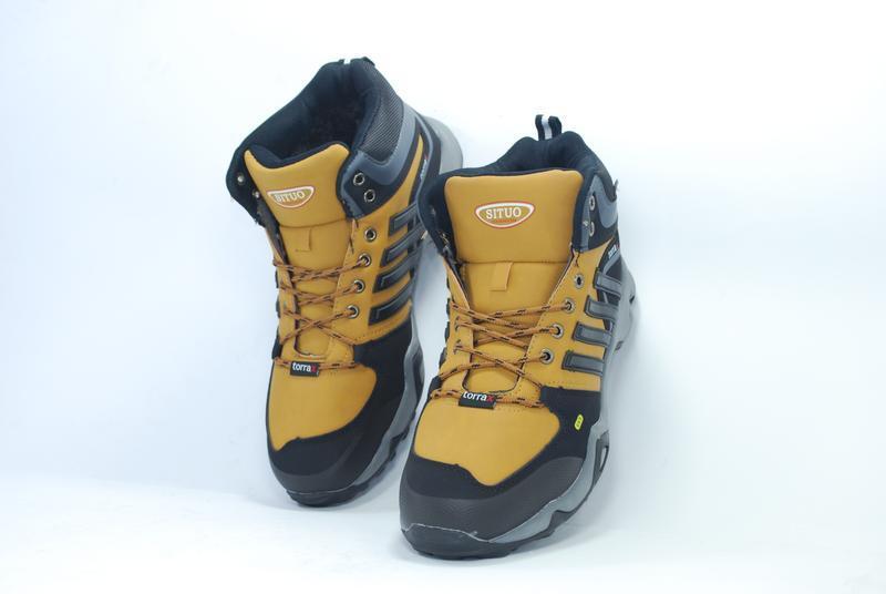 Стильные и практичные зимние мужские кроссовки