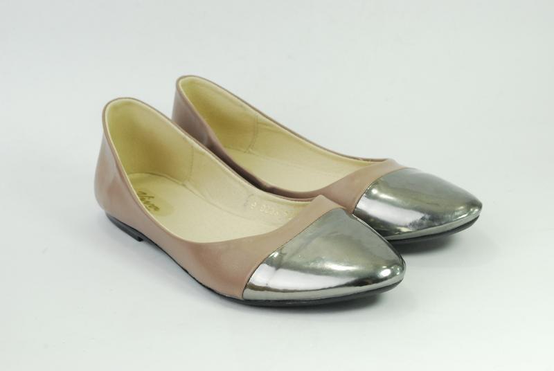 Стильные женские балетки, туфли, кожа