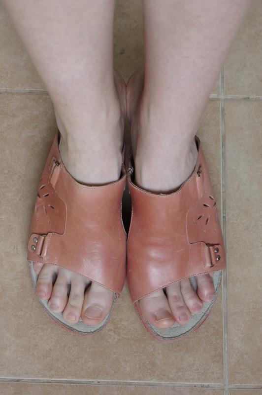 Босоножки на танкетке шлепанцы m.shoes новые в родной коробке - Фото 2
