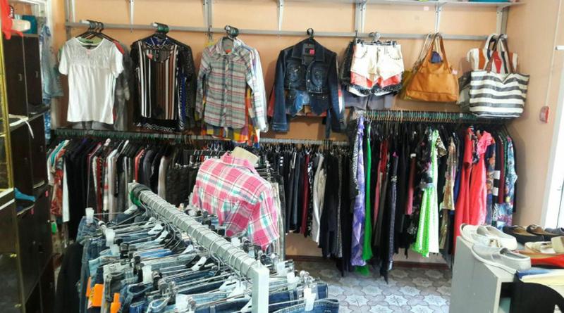 Эконом-панели для одежды торговые