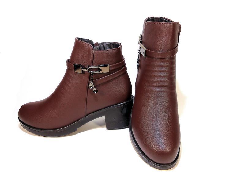 Ботинки женские, зимние, коричневые, на удобном каблуке. разме... - Фото 4