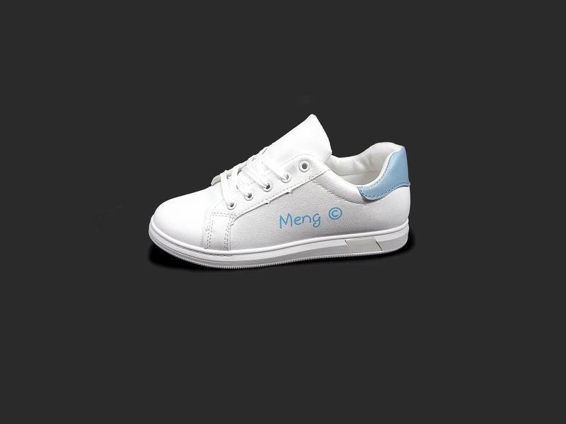 Кроссовки - кеды женские, белые, для бега и тренировок.