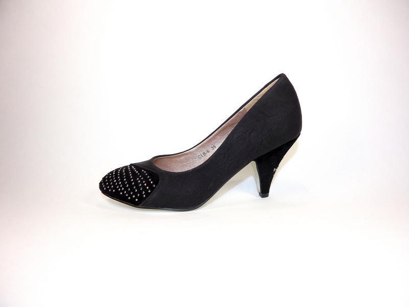 Туфли женские на каблуке. размер 35-40.