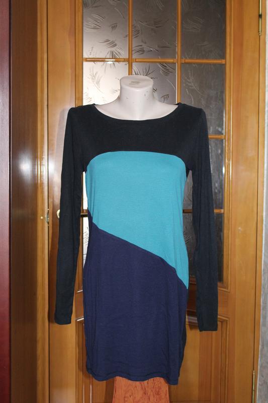 Красивое трикотажное платье m&s