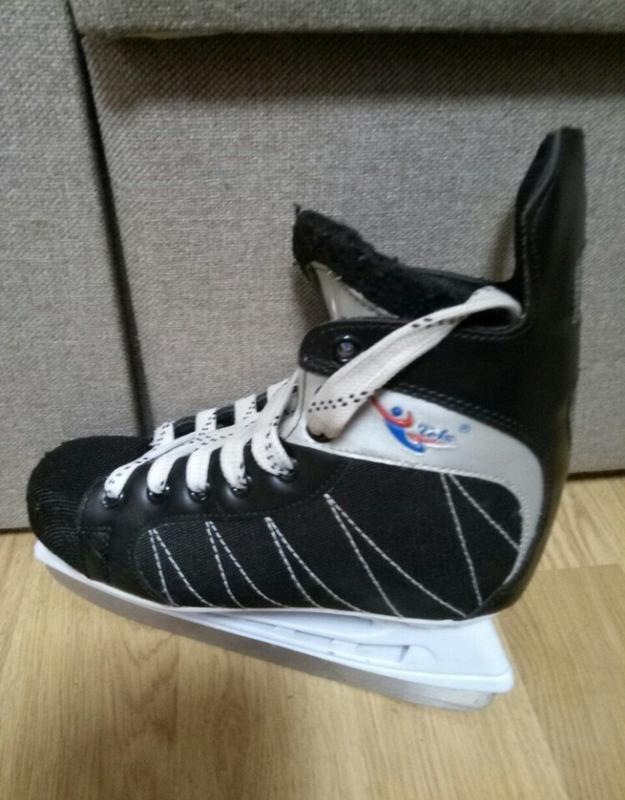 Классные коньки  figure skate 40p