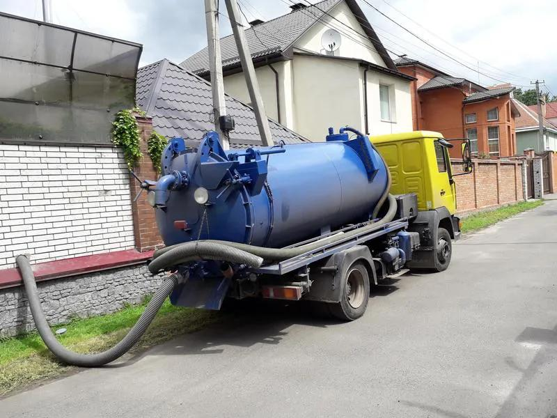 Ассенизатор Киев заказать,Выкачка канализации - Фото 2