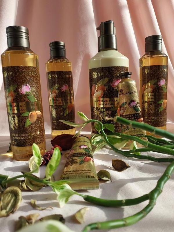 Набор из трех продуктов yves rocher аргания - роза