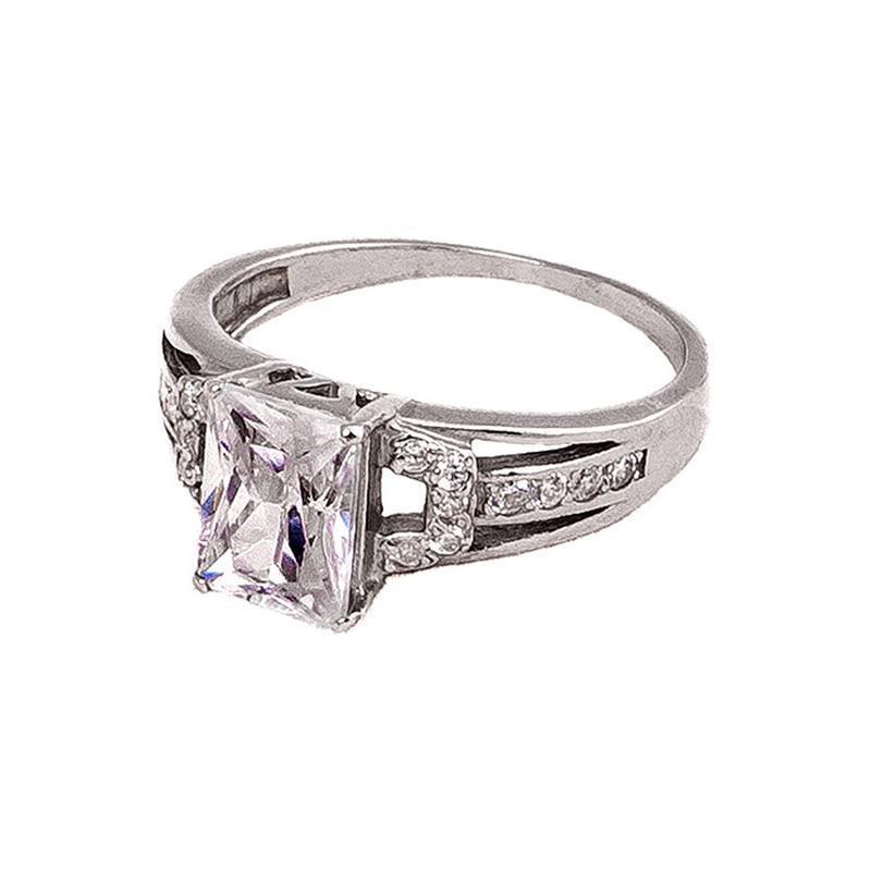 Перстень женский серебряный