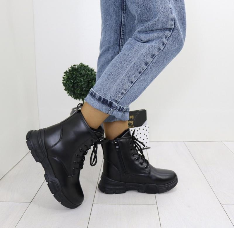 Новые стильные  женские зимние черные ботинки