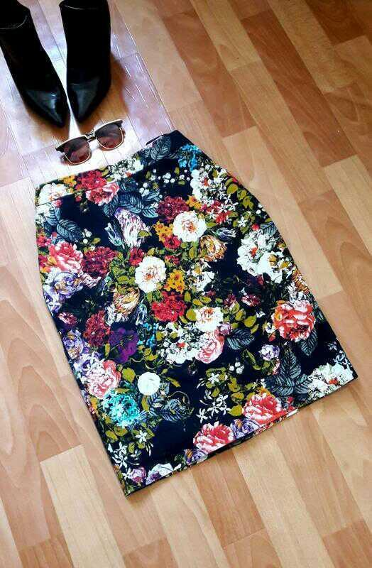 Шикарная коттоновая юбка миди в цветы m&s