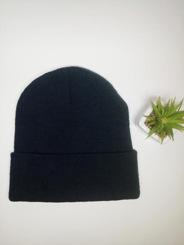 Модная шапка унисекс