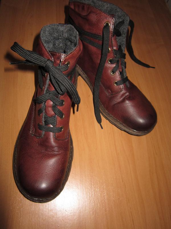 Утепленные ботинки rieker цвет вишня/марсала на шнуровке
